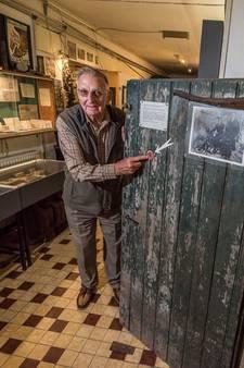 Getuige van dood boer Brink uit Vriezenveen is even terug bij 'deur des onheils'