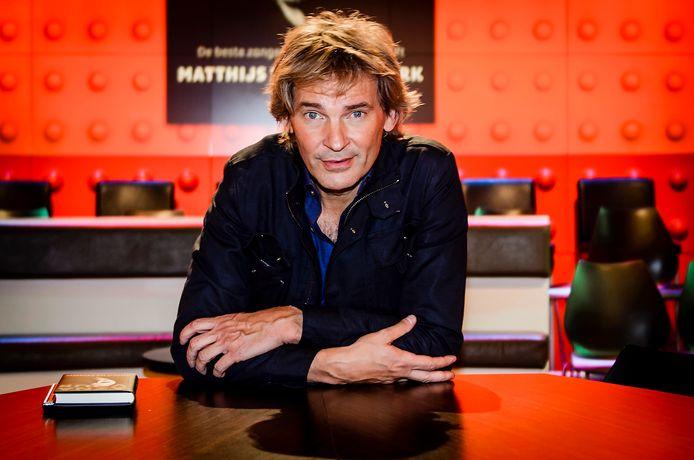 Matthijs besloot na lang wikken en wegen toch bij de NPO te blijven.
