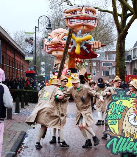 Carnavalsoptocht Baarle-Nassau: 'Bezorgder over het weer dan coronavirus'