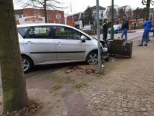 Vrouw botst tegen muurtje in Doorn vanwege overstekende kat