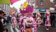 Regen houdt jarige carnavalsstoet niet tegen