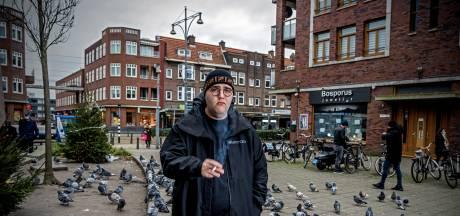 Rotterdammer Sezgin Güleç jongste lid van befaamde Comedytrain: 'Lachen is een verplichte bijwerking'