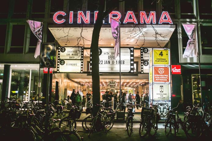 Cinerama Rotterdam. Foto Sophia van den Hoek