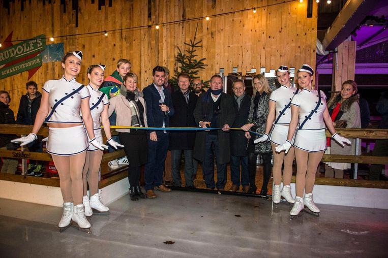 Burgemeester Van Mechelen en het gemeentebestuur openden gisteren deWintertuin.