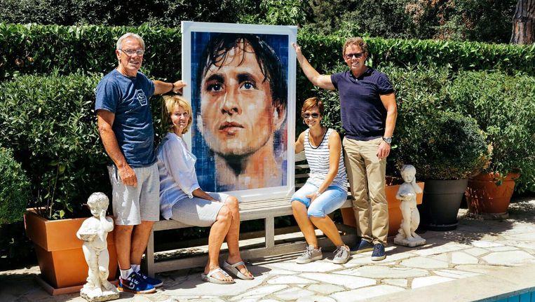 Familie Cruijff Blij Met Portret Dit Zijn Johans Ogen