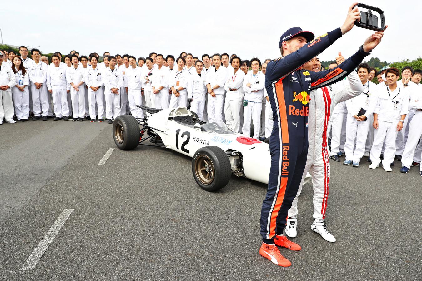 Max Verstappen rijdt dit weekend in het land van motorfabrikant Honda.