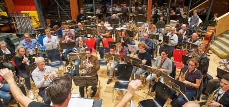 Fanfare Sint Willibrord Heesch brengt een 'blauw muzikaal najaar'