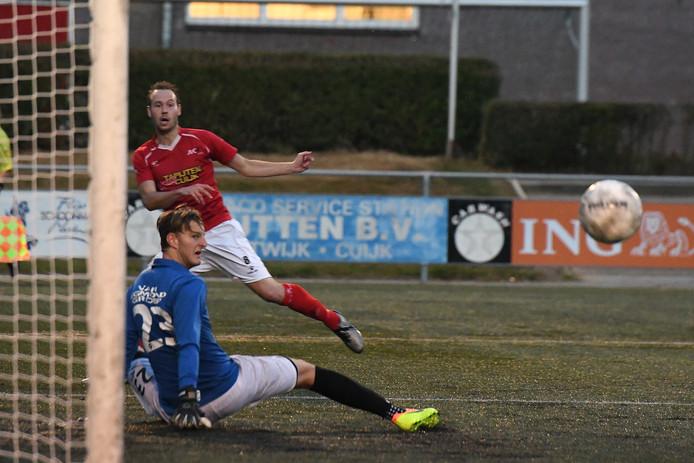 Doelman Dani Centen in het shirt van Jong Achilles'29 tegen JVC Cuijk.