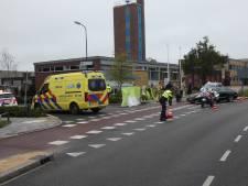 Scooterrijder raakt gewond bij aanrijding met auto in Veenendaal