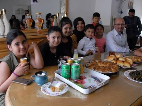 Moslims vieren massaal einde van de Ramadan