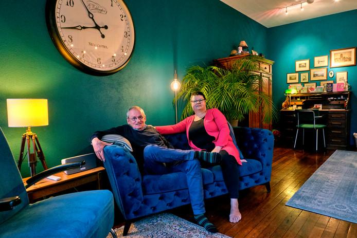 Cees en Pauline Schilthuizen wonen bijna anderhalf jaar in hun 'droomhuis' en willen er nooit meer weg.