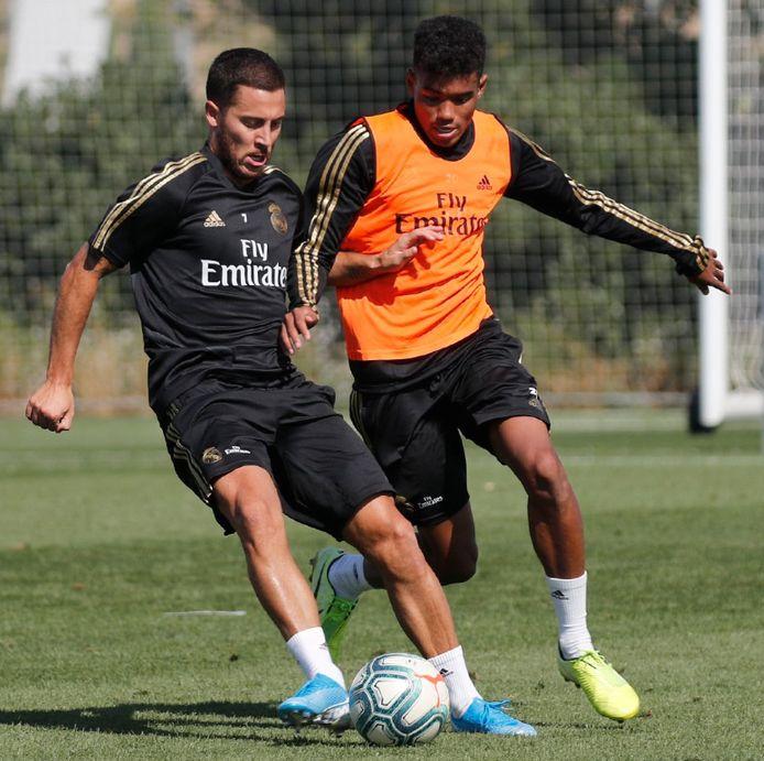 Première session d'entraînement complète avec le Real pour Eden Hazard depuis sa blessure.