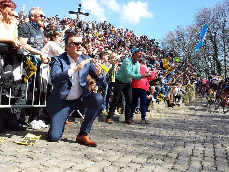 Zien we Guido De Padt volgend jaar nog geknield de renners aanmoedigen bij hun passage op de Muur tijdens de Ronde van Vlaanderen?