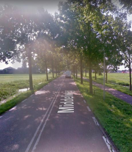 Vijf meter lange scheur in Middelweg Moordrecht snel 'gelijmd'