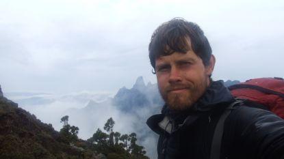 Belgische avonturier vestigt wereldrecord met onwaarschijnlijke voettocht door Tasmanië, maar verliest onderweg zijn foto's