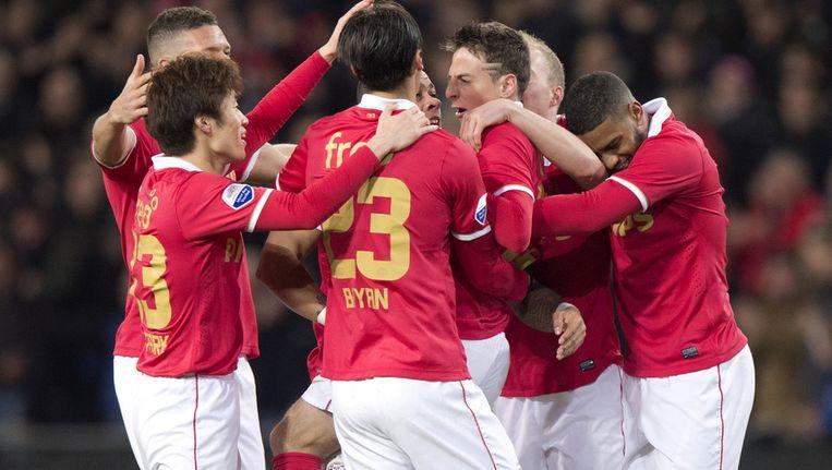 Santiago Arias (M) van PSV juicht na zijn 1-0 tegen FC Twente Beeld ANP