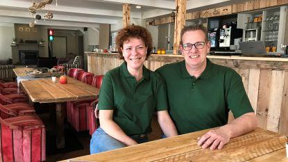 Uitbaters bouwen Taverne De Krieckaert eigenhandig weer op na verwoestende brand