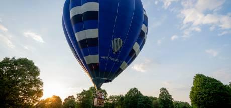 Daar gaat ie weer: de ballon van Rotary Ballooning in Almelo