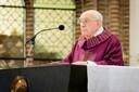 Pastoor Tonnie van Steen tijdens zijn laatste mis.