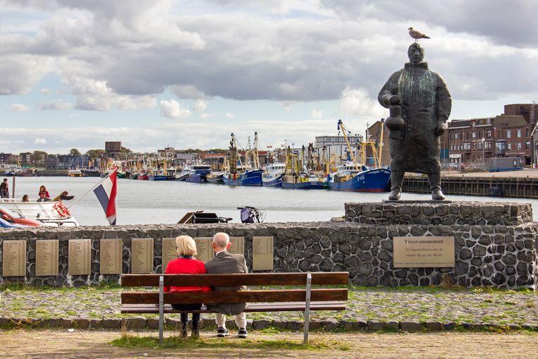 Het Vissersmonument herdenkt 319 IJmuider vissers die niet terugkwamen. Beeld Sander Groen