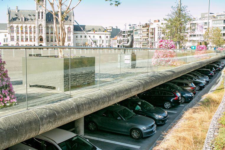 De parkeerdruk in het stadscentrum én in een aantal stadswijken neemt toe.