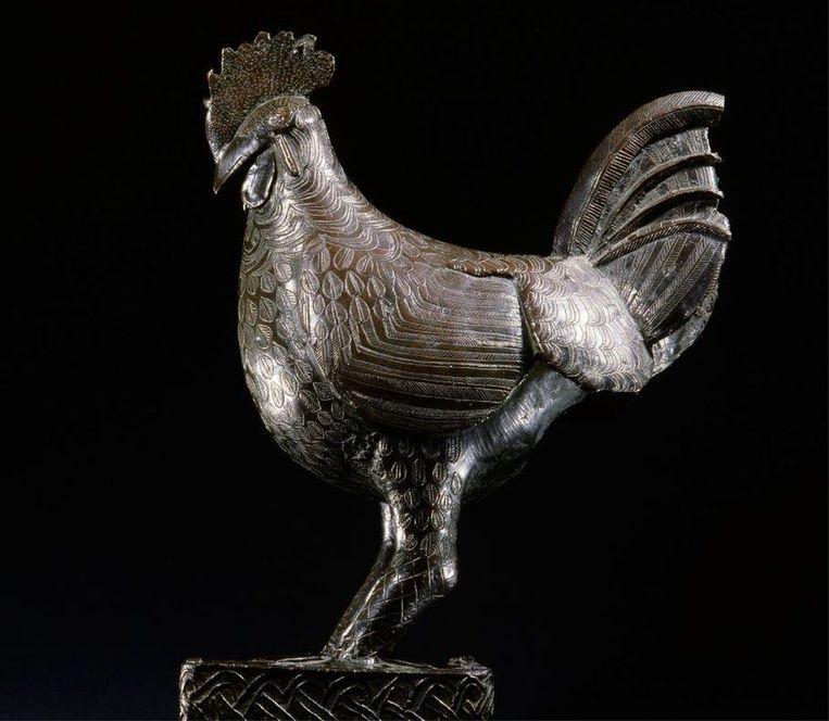 De Okudor, de bronzen haan die wordt teruggegeven aan Nigeria. Beeld