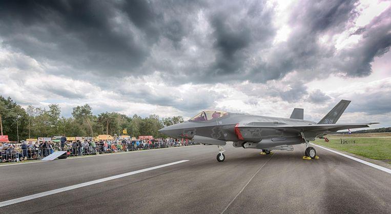De luchtmachtbassisen worden met het geld klaargestoomd voor de komst van de nieuwe F-35-gevechtsvliegtuigen.