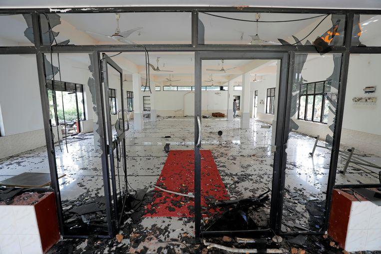 De Abbraar Masjid moskee in Kiniyama, Sri Lanka na de aanval op 13 mei. Beeld REUTERS