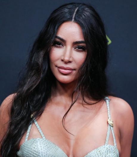 Kim Kardashian s'invite dans le débat sur le Père Fouettard