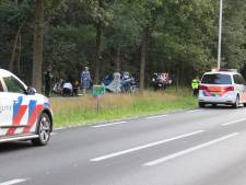 Scooterrijders rijden door na ernstig ongeluk met wielrenner in Renswoude