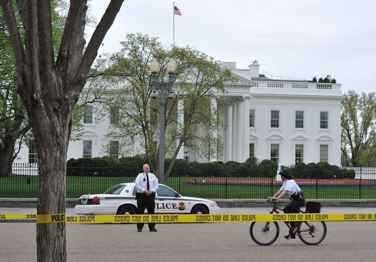 Extra beveiliging voor het Witte Huis in Washington. Beeld afp