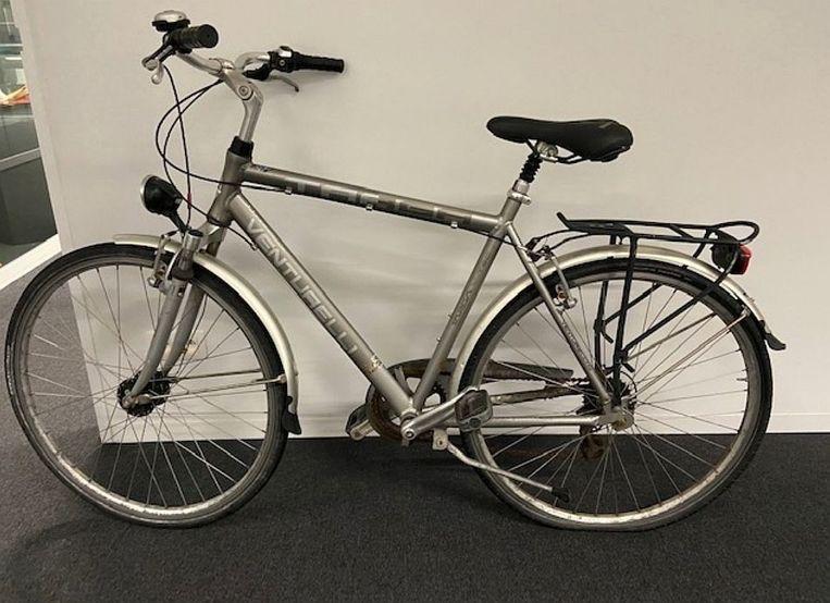 De politie zoekt de eigenaar van deze gestolen fiets.