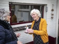 Ootmarsumse Fien van Benthem verguld met kerstengel, 'want zij denkt altijd aan anderen'