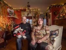 Marja en Tjeert uit Zutphen hebben hun kersthuis al weer opgetuigd: 'Kerst overslaan, wat mankeert die mensen?'