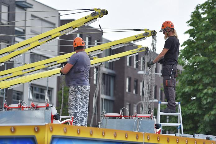 Opbouw kermis Tilburg