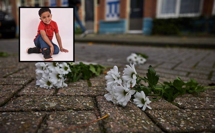 Bloemen op de plek waar Brandon (foto-inzet) is overleden.
