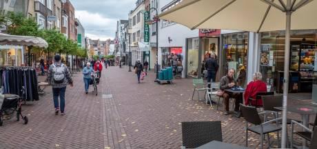 Duitse krant NRZ: 'Lieve buren, blijf thuis'