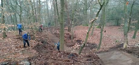 Mountainbikers moeten weg uit Wester-Meerwijk om vliegend hert: 'Ga straks niet klagen'