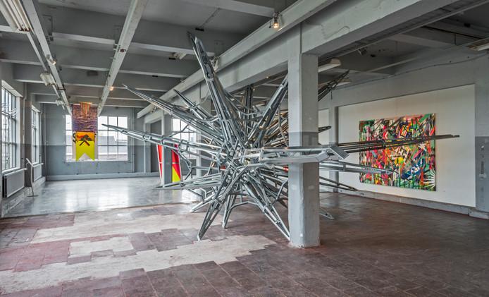 Beeld van de expositie 'Translocating Borders' van de Mexicaans kunstenaar Daniel Ruanova in Galerie Piet Hein Eek.