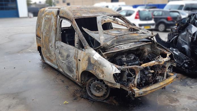 De caddy die uitbrandde in Mijdrecht