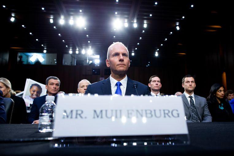 Topman Dennis Muilenburg van Boeing werd in oktober ondervraagd in het Amerikaanse congres. Beeld EPA