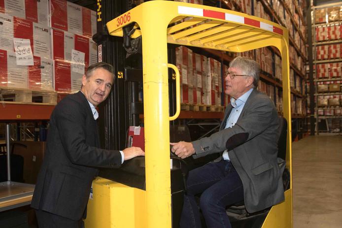 Gert-Jan Willems van UTS Verkroost Nijmegen (links) en Gerard Jansen, projectleider van het roc in Nijmegen.