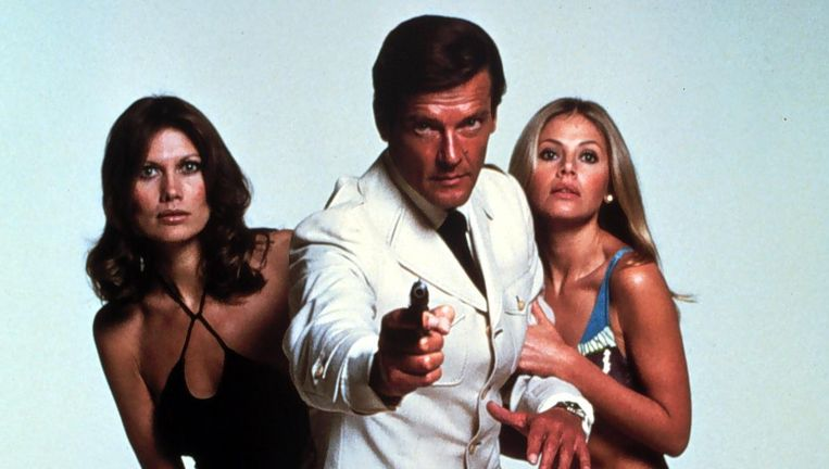 Roger Moore in The Man With The Golden Gun (1974) Beeld