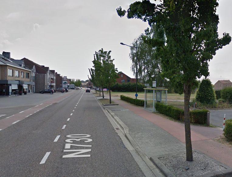 De schietpartij vond plaats aan een bushalte aan het kruispunt van de Zutendaalweg met de Langblookstraat in Munsterbilzen.