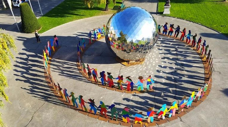 Enlightened Universe van Cristóbal Gabarrón, een van de internationale kunstenaars op ArtZuid dit jaar. Beeld Cristóbal Gabarrón