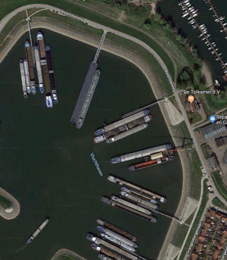 Boskalis bouwt overnachtingshaven bij Spijk waar ook schepen met gevaarlijke stoffen kunnen aanmeren