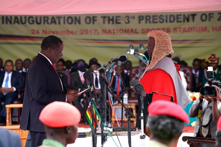 Mnangagwa wordt ingezworen als nieuwe president van Zimbabwe Beeld afp