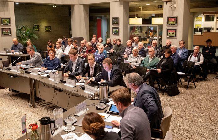 Omwonenden van de Langstraat/N270 in Deurne, dinsdag op de publieke tribune