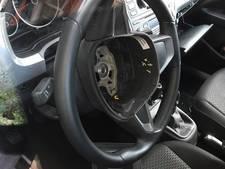 Airbags gestolen uit auto's in Ugchelen
