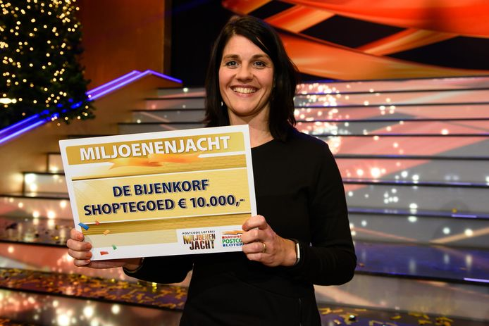 Deldense Nathalie mag 10.000 euro besteden bij De Bijenkorf.